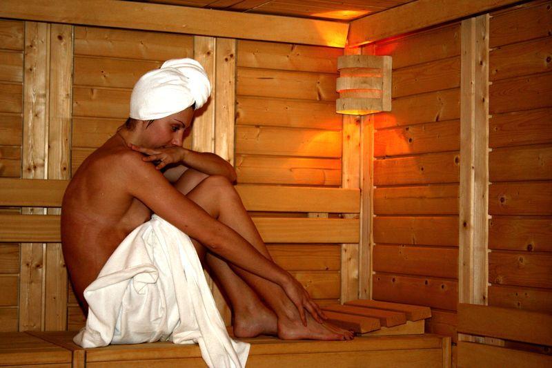 в фото курьёзов на сауне отдыхе